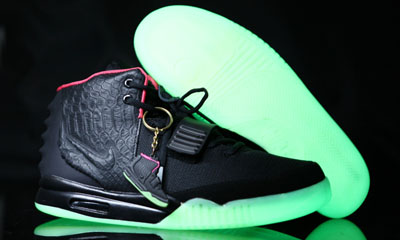 Air Yeezy 2(II) NRG Black/Solar Red Glow In Dark Verson3