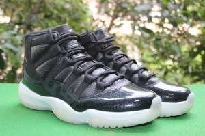 replica-air-jordan-11-retro-72-10-black-gym-red-white-anthracite_11
